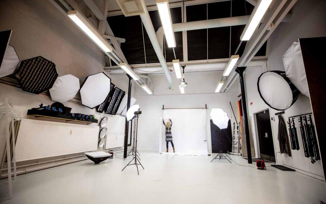 Fotografering i fotostudie